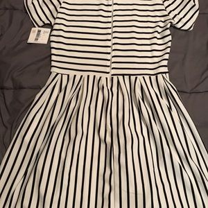 NWT Amelia Dress by LuLaRoe
